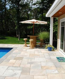 vineyard quartzite pavers patio