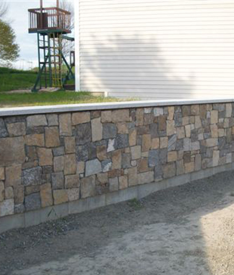 Natural Stone Veneer Fieldstone Square + Rectangle Wall