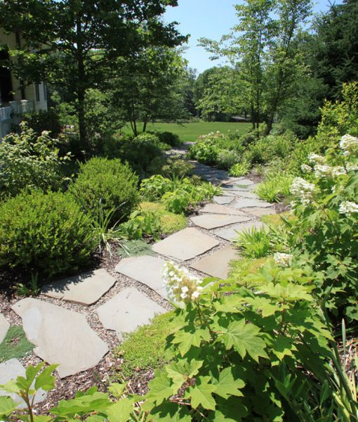 bluestone pavers walkway
