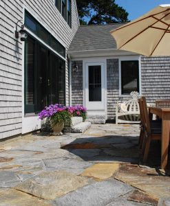 noble-hill-irregular-flagging-patio