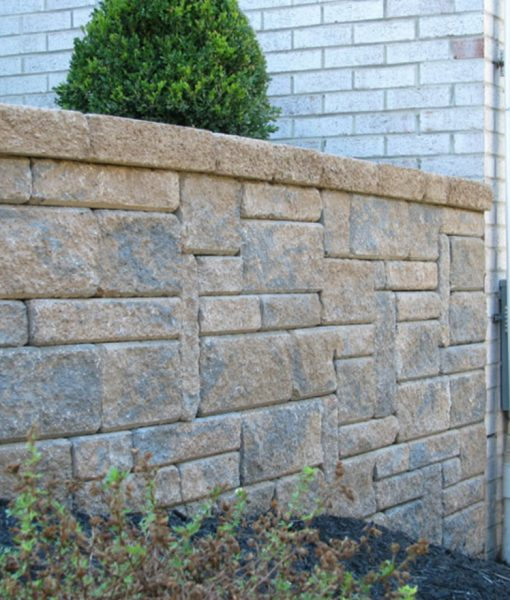 mini creta sandlewood retaining wall2