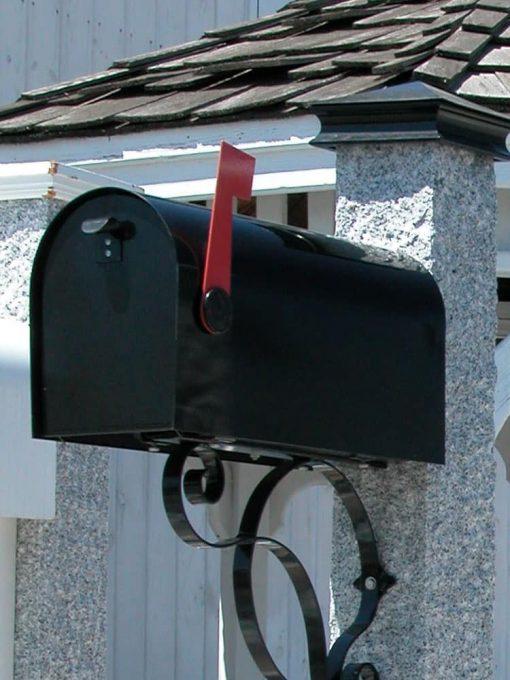Mailbox black