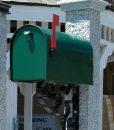 Mailbox-green-post