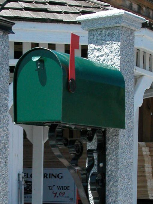 Mailbox green