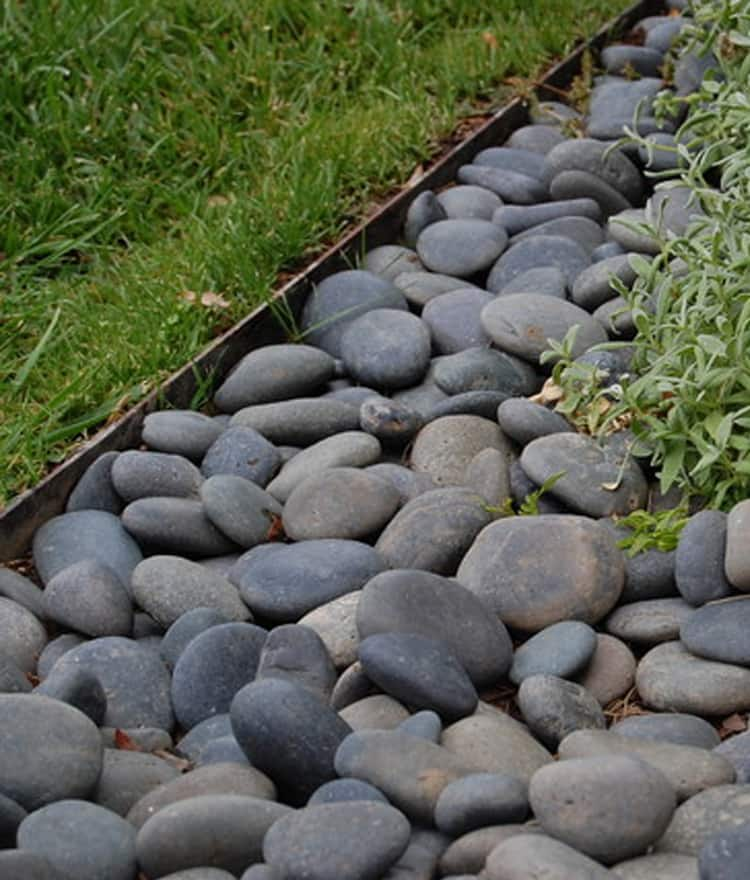 Flat Stone Edging: 6 Inch Metal Landscape Edging