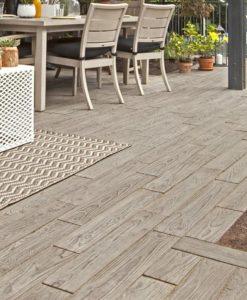 Borealis Hazelnut concrete pavers patio
