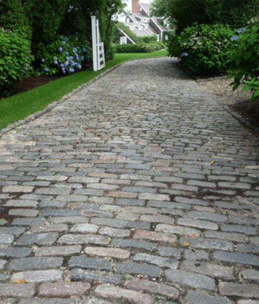 antique cobblestone granite driveway