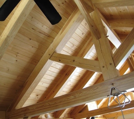 pine-beam-bracing-ceiling