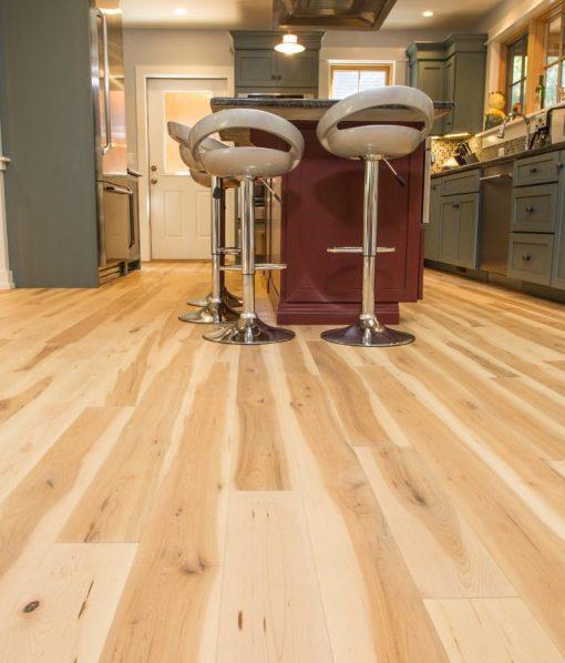 prefinished-oil-flooring-maple