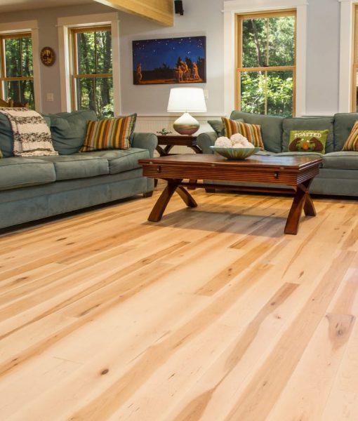 prefinished-uv-oil-floor-maple
