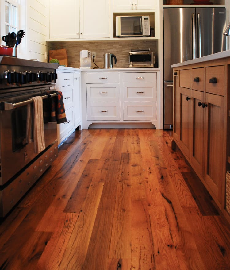 Reclaimed wood flooring pine oak more for Reclaimed hardwood flooring
