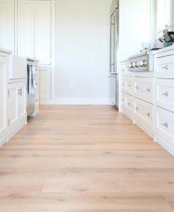 Prefinished Wide Plank Oak Flooring Bluffs