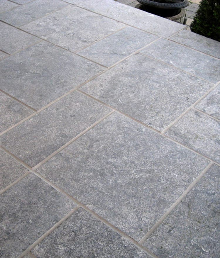 how to cut limestone pavers