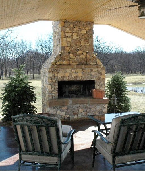 Make your outdoor living space even more fun with our outdoor fireplace kits. Choose between a straight or arched front
