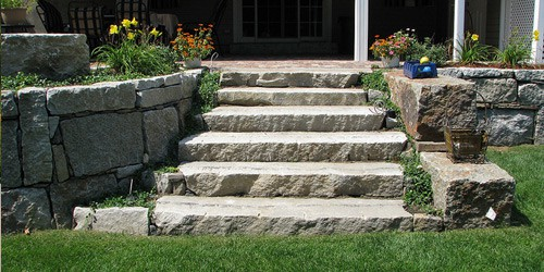 reclaimed-granite-steps-wallstone-antique-Cape-Cod-Chatham-Nantucket-MA-natural-stone-pic