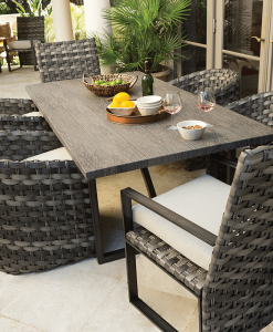 Fiore Outdoor Dining Table