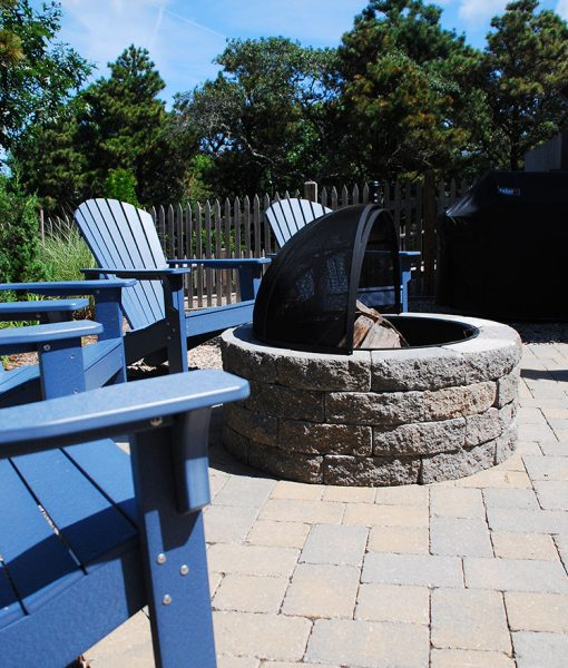 Backyard Fire Pit - Cape Cod Fire Pits with Spark Screen